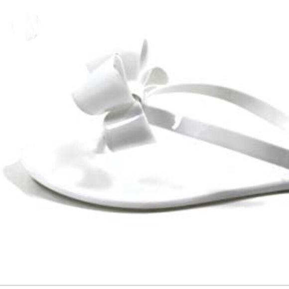 c14da75972 Kali Shoes | White Bow Sandals | Poshmark